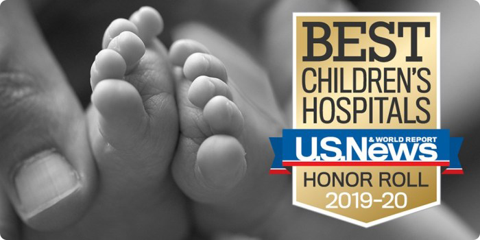A baby's toes with the Best Children's Hospitals U.S. News & World Report Honor Roll 2019–20 badge